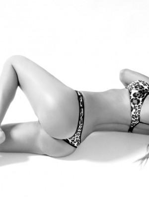 Shemale Nicole Big Caliber has an amazing shedick